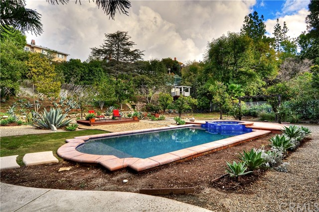1331 Mumford Drive North Tustin, CA 92705 is listed for sale as MLS Listing PW17011053