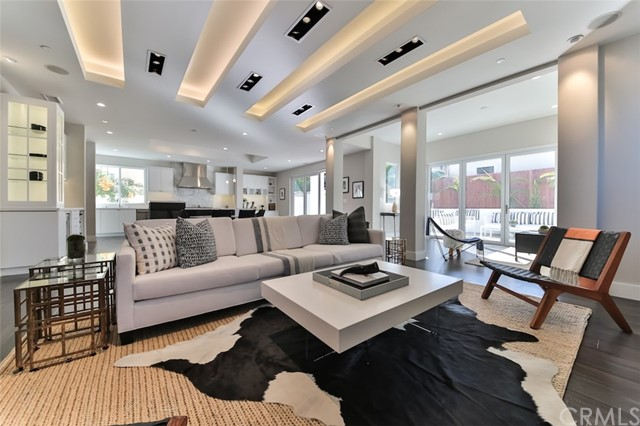 Additional photo for property listing at 1304 18th Street  Manhattan Beach, Californie,90266 États-Unis