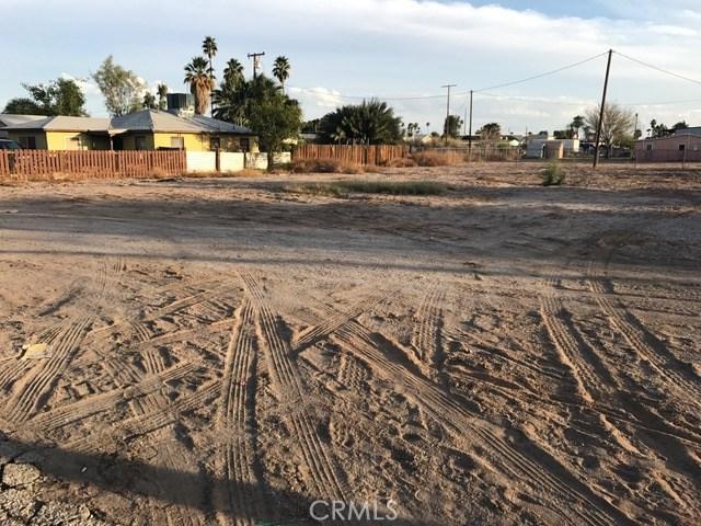 286 N Carlton Avenue, Blythe CA: http://media.crmls.org/medias/31264487-95bd-4f66-a088-d66260e798f3.jpg
