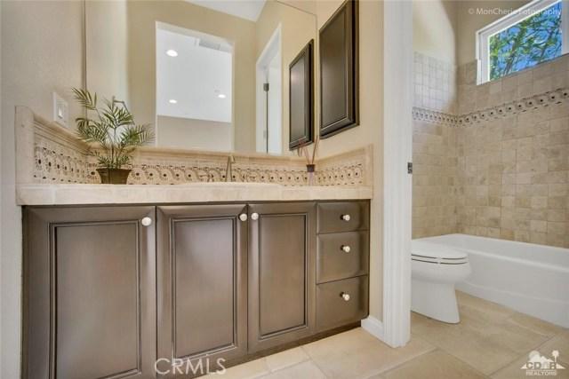 5 Via Bella, Rancho Mirage CA: http://media.crmls.org/medias/312851c7-27a1-4789-90dc-71a339f24a6a.jpg