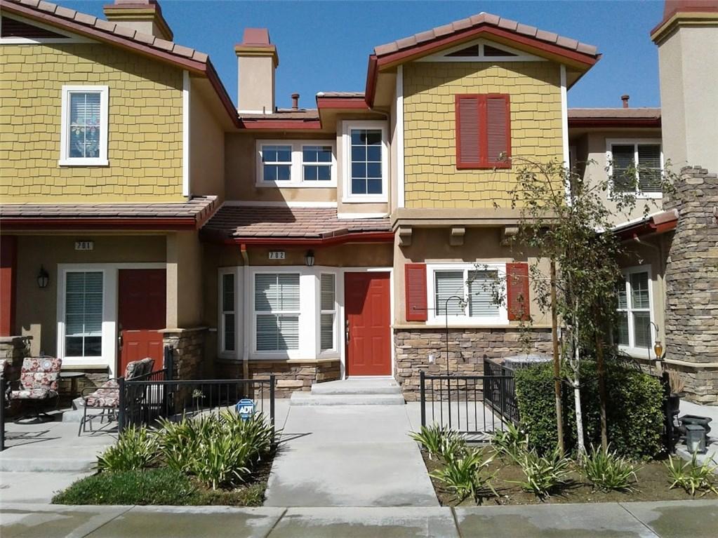 1510 Orange Avenue, Redlands CA: http://media.crmls.org/medias/312911bf-e40f-4db3-8b23-0dd0a9ee1463.jpg