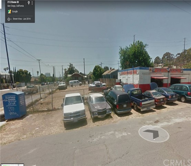 212 Evans Street, San Diego CA: http://media.crmls.org/medias/312e5979-e9cb-4cc1-9801-fbb9dc4ee834.jpg