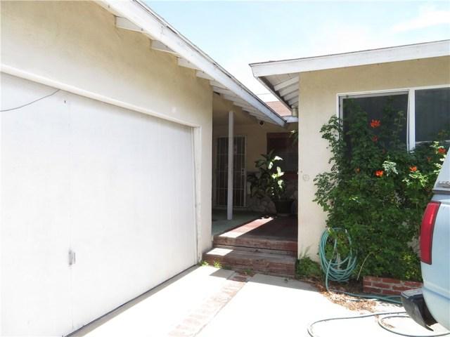 1318 N Braeburn St, Anaheim, CA 92801 Photo 2