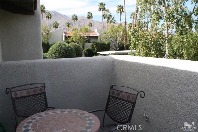 351 Hermosa Drive, Palm Springs CA: http://media.crmls.org/medias/315b4682-8904-4349-8524-1217d040ee13.jpg