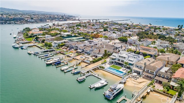 1813 E Bay Avenue Newport Beach, CA 92661 - MLS #: NP18242319