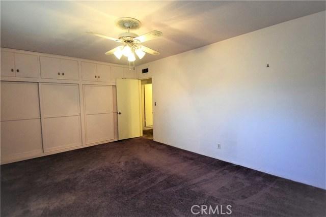 7354 Garden Street, Riverside CA: http://media.crmls.org/medias/3166271f-084d-4aac-b354-a51a4665c66e.jpg