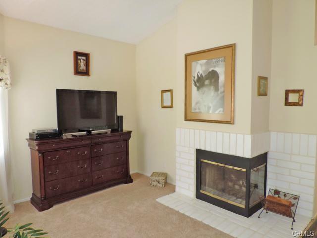 3232 Cambridge Drive, Chino Hills CA: http://media.crmls.org/medias/31680871-c51d-4dda-a445-c440599a5d54.jpg