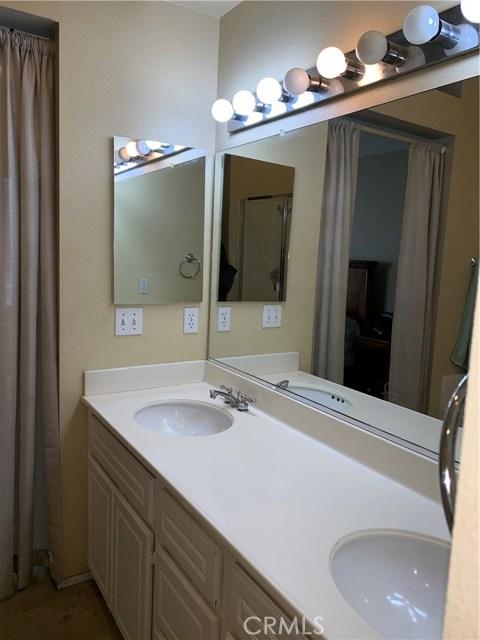 948 N Turner Avenue, Ontario CA: http://media.crmls.org/medias/3180bbc0-b636-4292-8768-240118f8c4b3.jpg