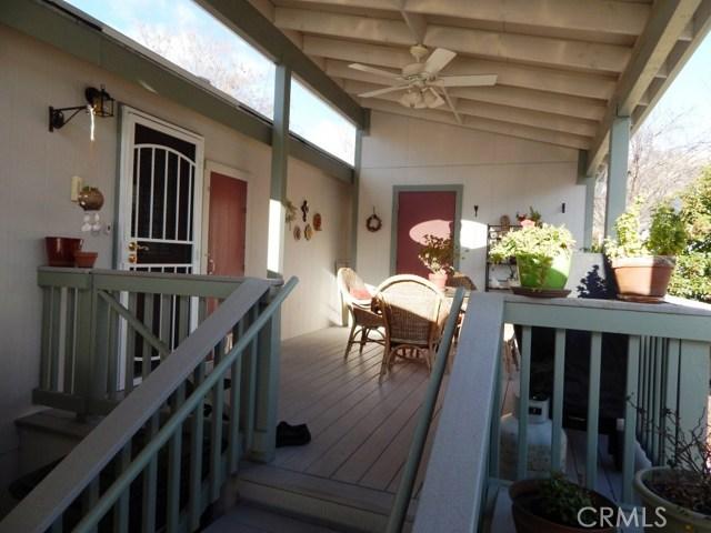 46041 Road 415, Coarsegold CA: http://media.crmls.org/medias/318831a2-fda0-4491-8fbf-3c6db0a36e0f.jpg