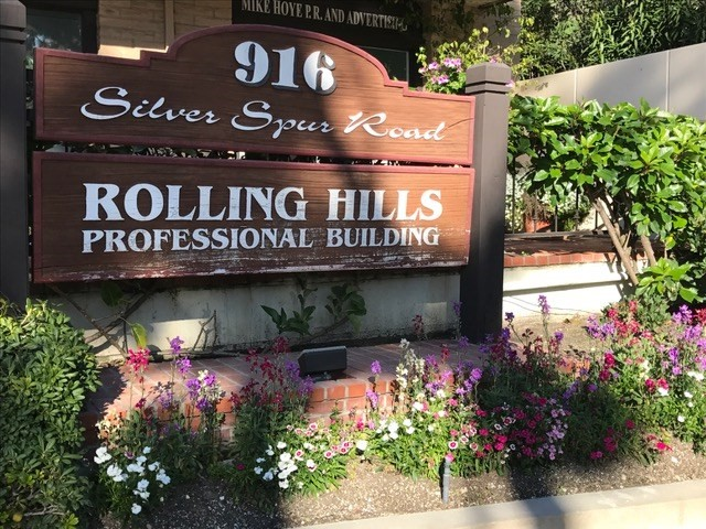 Single Family for Rent at 916 Silver Spur Road Rolling Hills Estates, California 90274 United States