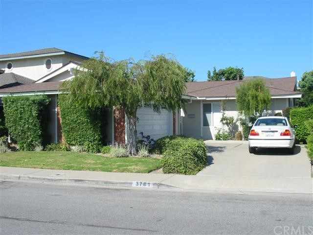Single Family Home for Rent at 3781 Wisteria St Seal Beach, California 90740 United States