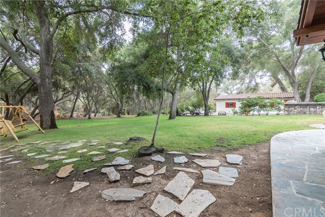 25075 Via Escondido Temecula, CA 92590 - MLS #: SW18245348
