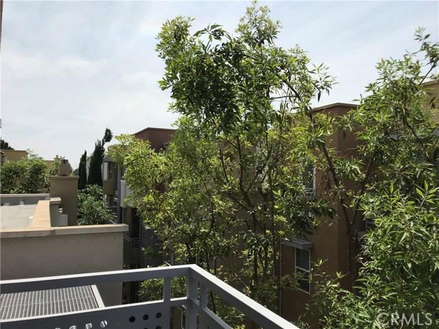 450 E Jeanette Lane, Santa Ana CA: http://media.crmls.org/medias/31a2e627-4d00-46be-af43-693817c02ee9.jpg
