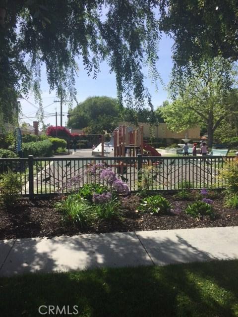 1864 Raymond Avenue Signal Hill, CA 90755 - MLS #: OC17110201