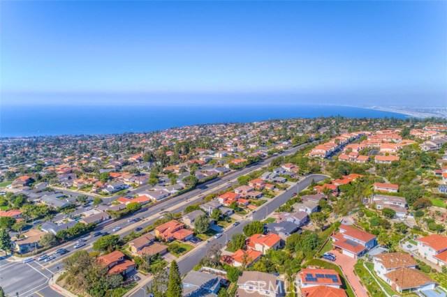 28621 Leacrest Drive, Rancho Palos Verdes CA: http://media.crmls.org/medias/31af5ccb-805f-4261-9dc7-09681454d448.jpg