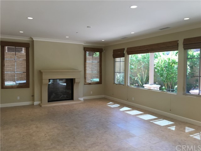 50 Umbria, Irvine, CA 92618 Photo 2