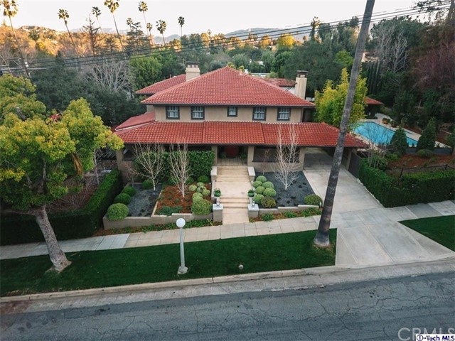 Single Family Home for Sale at 585 Bellefontaine Street Pasadena, California 91105 United States