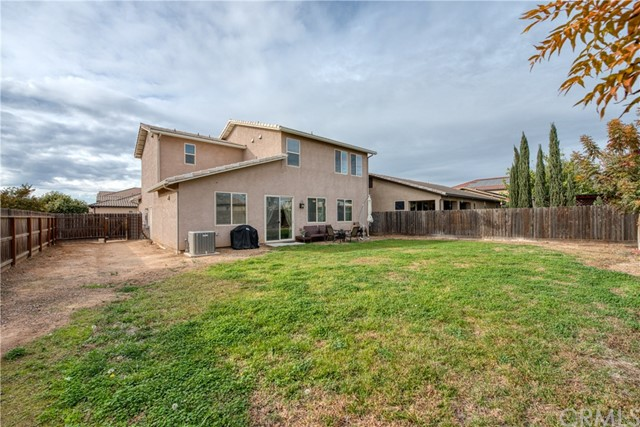 6062 N Torrey Pines Avenue, Fresno CA: http://media.crmls.org/medias/31db8120-04be-48af-af8a-853dba11ef55.jpg