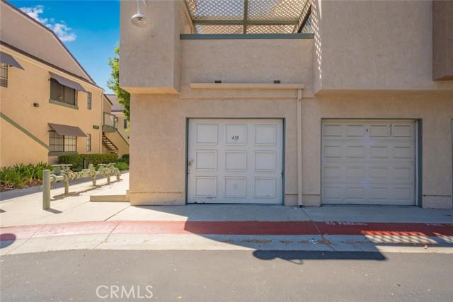 3525 W Stonepine Lane, Anaheim CA: http://media.crmls.org/medias/3200ccec-fd0d-4b1d-ad75-907523fa9371.jpg