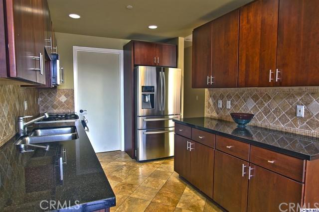 871 Crenshaw Boulevard Unit 104 Los Angeles, CA 90005 - MLS #: 318002008
