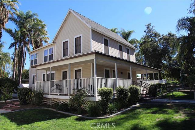 1113 Garretson Avenue, Corona, CA 92879