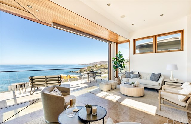 Detail Gallery Image 1 of 27 For 2615 Victoria Dr, Laguna Beach,  CA 92651 - 3 Beds | 3/1 Baths