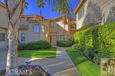 54673 Tanglewood, La Quinta CA: http://media.crmls.org/medias/321bf6b8-e2ad-477a-8f38-8ed74de3a1d1.jpg