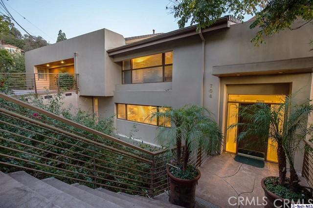 706 Bohlig Road, Glendale, CA 91207