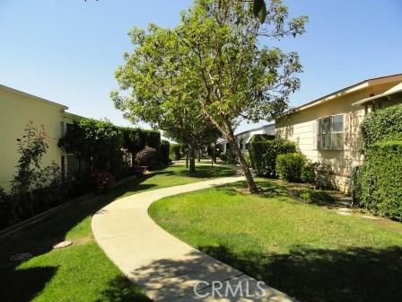 5200 Irvine Blvd., Irvine CA: http://media.crmls.org/medias/32398c18-042c-490b-9e2d-f313394d3716.jpg