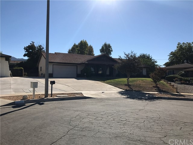 35215 Forest Lane Yucaipa, CA 92399 - MLS #: EV17230062