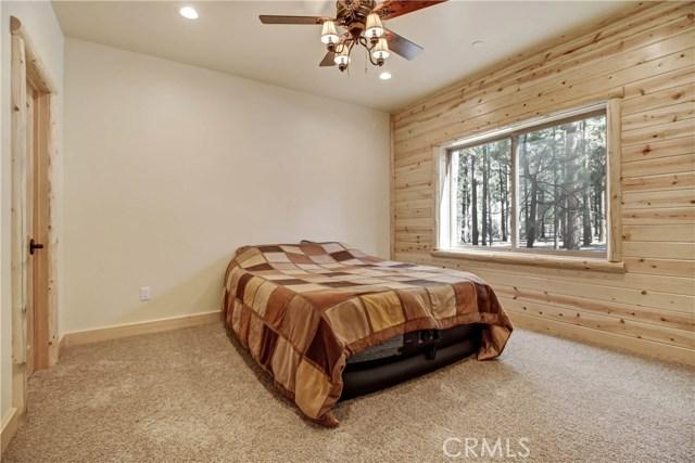 42425 Juniper Drive Big Bear, CA 92315 - MLS #: IV17254327