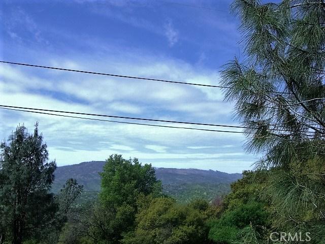 18605 Pine Flat Court, Hidden Valley Lake CA: http://media.crmls.org/medias/323f6db9-564b-4fca-972b-745f81ab27ce.jpg