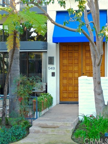 Townhouse for Sale at 5419 Heron Bay 5419 Heron Bay Long Beach, California 90803 United States