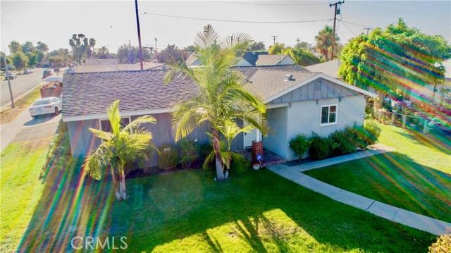 221 S Vine Avenue, Fullerton CA: http://media.crmls.org/medias/323ff908-1029-4301-b27b-ea17557cdbe7.jpg