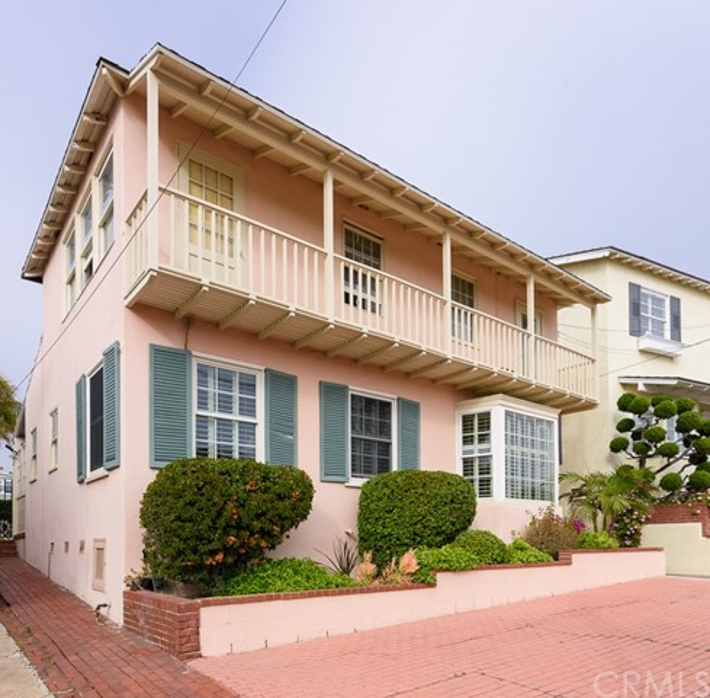 2131 Monterey Boulevard, Hermosa Beach CA 90254