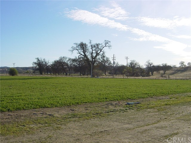 Property for sale at 6675 Webster Rd., Creston,  California