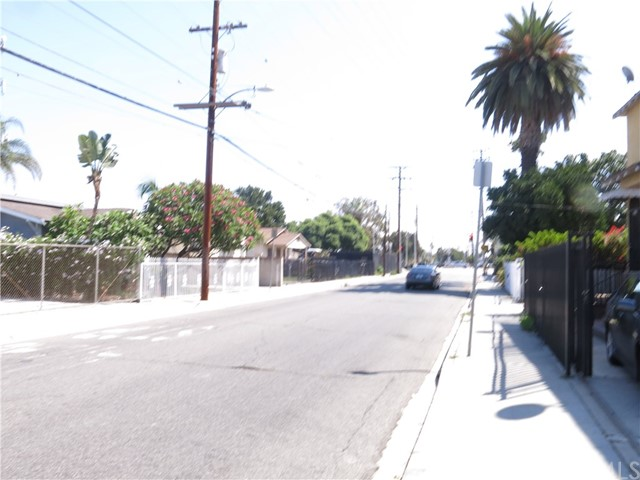 Single Family Home for Sale at 210 E Elm Street Compton, California 90220 United States
