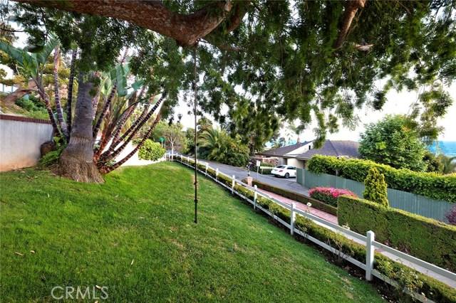 31321 Brooks Street, Laguna Beach CA: http://media.crmls.org/medias/325f5154-1297-45f0-ab26-5f322b950ba5.jpg