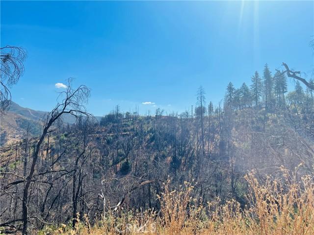 12657 Elk Mountain Road, Upper Lake CA: http://media.crmls.org/medias/3270c426-7f85-4fe8-b600-f05d30fa1d48.jpg