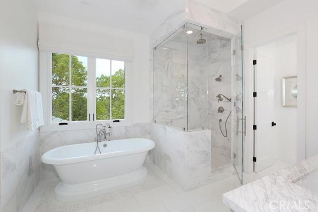 2000 Port Provence, Orange, California 92660, 5 Bedrooms Bedrooms, ,5 BathroomsBathrooms,HOUSE,For sale,Port Provence,NP15203444