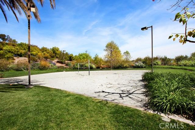 56 Paseo Del Rey, San Clemente CA: http://media.crmls.org/medias/327b3c47-1e50-4bce-ad51-0101be05e1ec.jpg