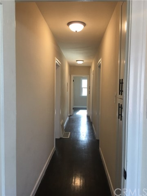 1417 Gundry Avenue, Long Beach CA: http://media.crmls.org/medias/327e6d1e-64ba-4068-b97c-acb035f3fd95.jpg