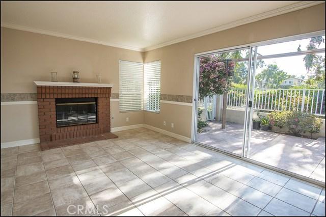 12 Cascada, Rancho Santa Margarita CA: http://media.crmls.org/medias/32879157-f02f-42d5-acb2-cfd0bef941fa.jpg