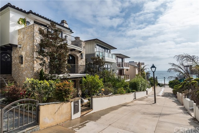204 16th St, Manhattan Beach, CA 90266 photo 9