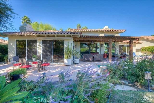 54015 Southern Hills, La Quinta CA: http://media.crmls.org/medias/32926f0f-efbc-499d-8f80-3e30fac57ab8.jpg