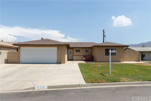 32598 Hartley Street Lake Elsinore, CA 92530 - MLS #: SW18196804