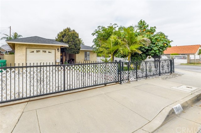 Detail Gallery Image 1 of 1 For 14227 Chilcot St, Baldwin Park, CA 91706 - 3 Beds | 1 Baths