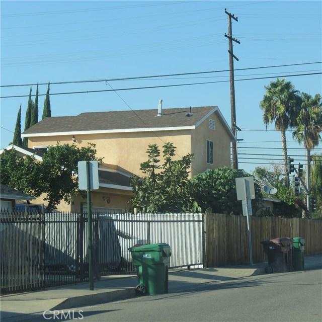 Single Family Home for Sale at 226 Edinger Avenue E Santa Ana, California 92707 United States