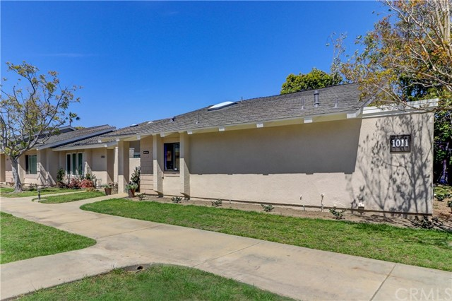 8685  Merced Circle, Huntington Beach, California