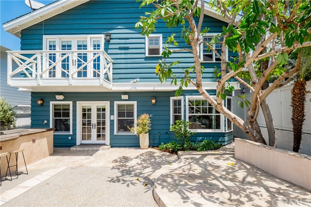 656 26th Street Manhattan Beach, CA 90266 - MLS #: SB17163689
